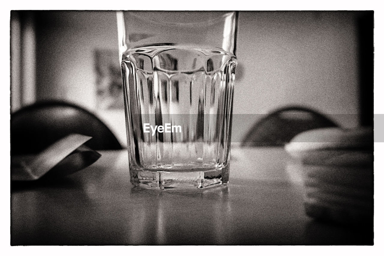indoors, refreshment, water, drinking glass, drinking water, close-up, food and drink, jar, drink, no people, day, freshness, animal themes