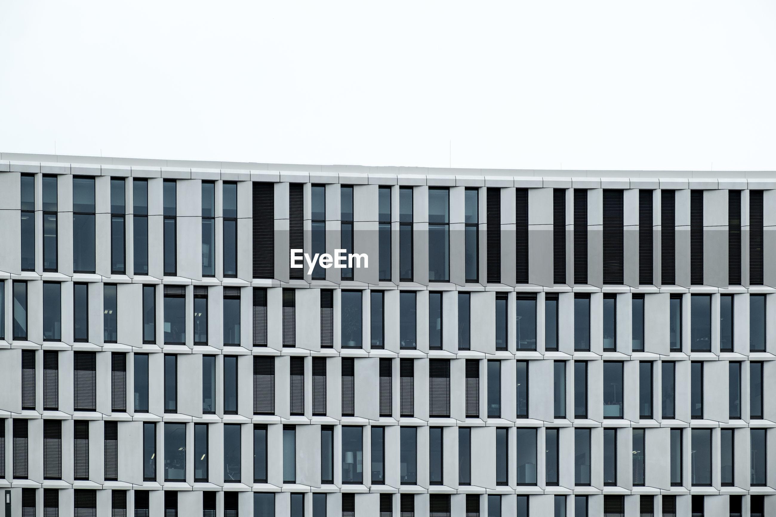 CLOSE-UP OF BUILDING EXTERIOR