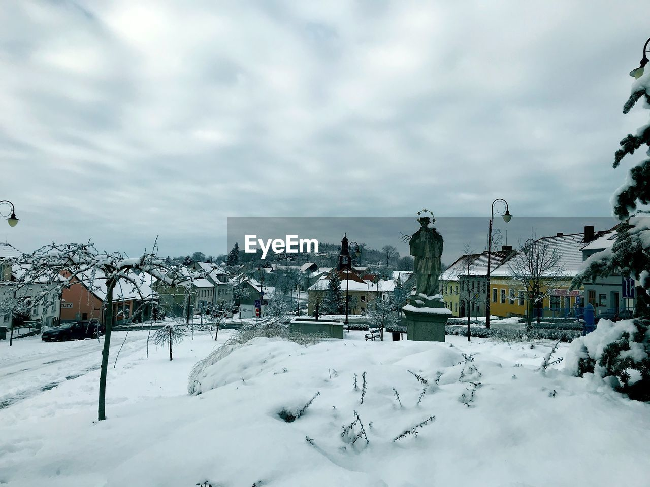 snow, winter, architecture, built structure, building exterior, cold temperature, building, sky, cloud - sky, residential district, nature, house, day, city, covering, no people, land, beauty in nature, outdoors