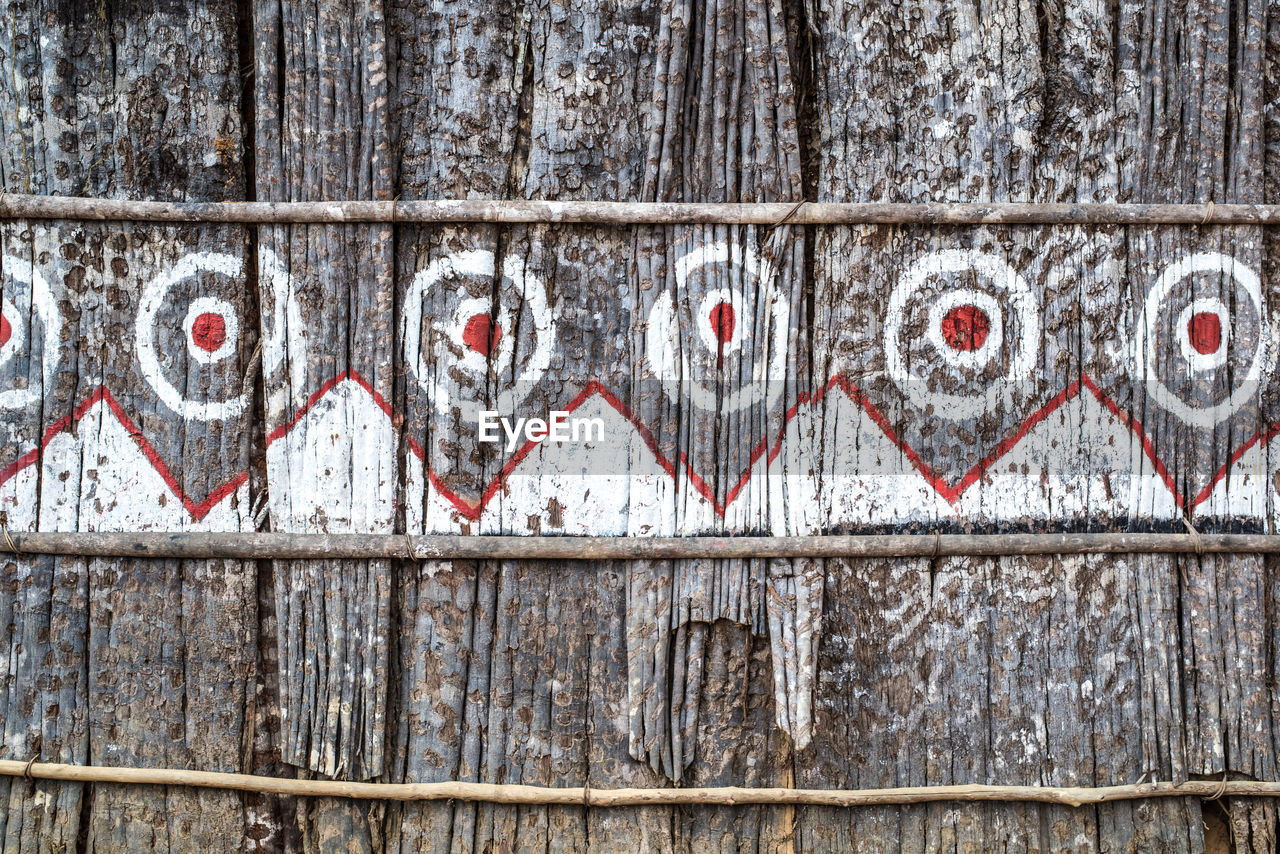 wood - material, no people, architecture, built structure, day, boundary, fence, barrier, close-up, pattern, wall - building feature, outdoors, full frame, metal, cold temperature, heart shape, backgrounds, old, winter, emotion