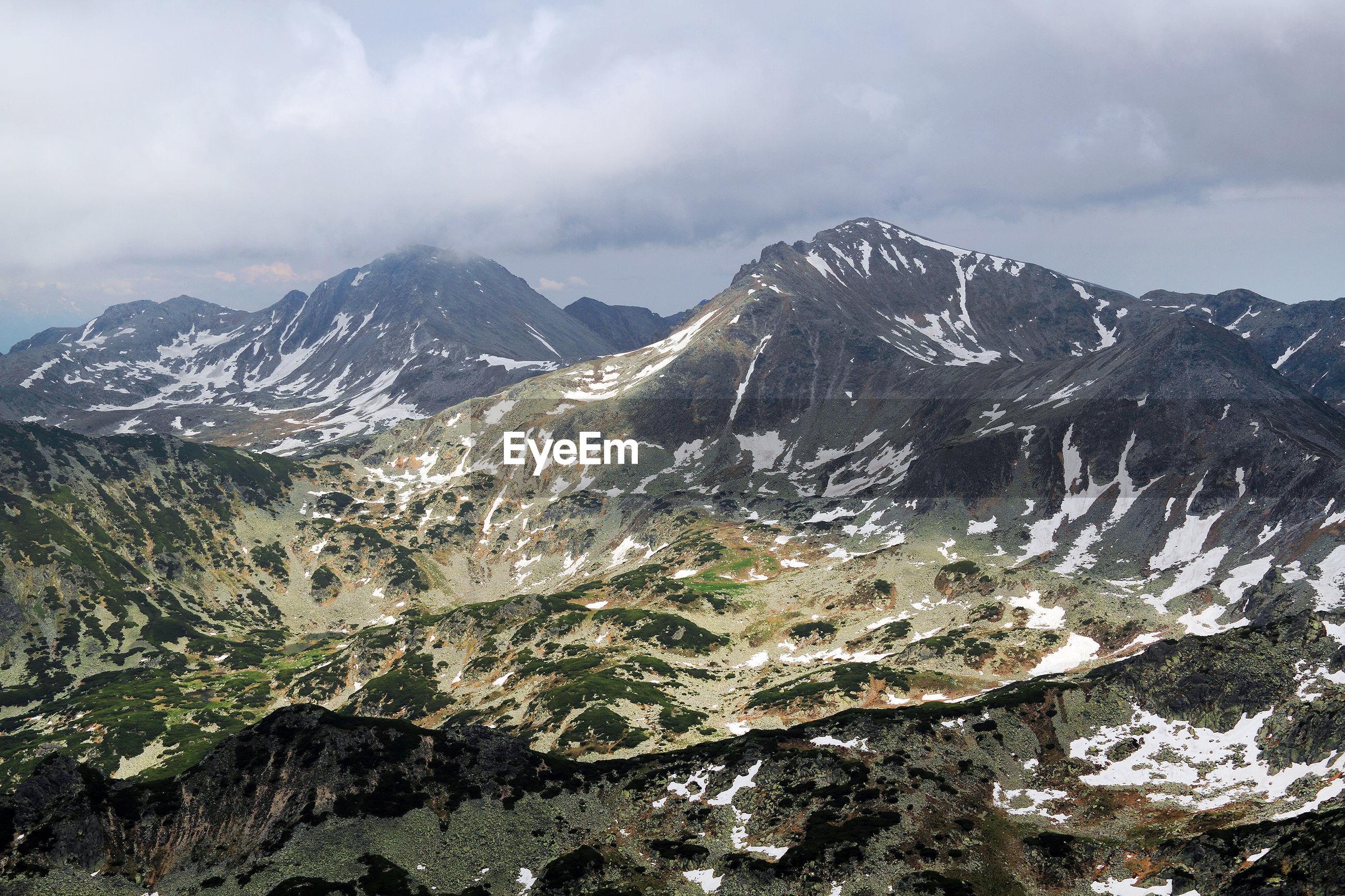 Idyllic view of retezat mountains