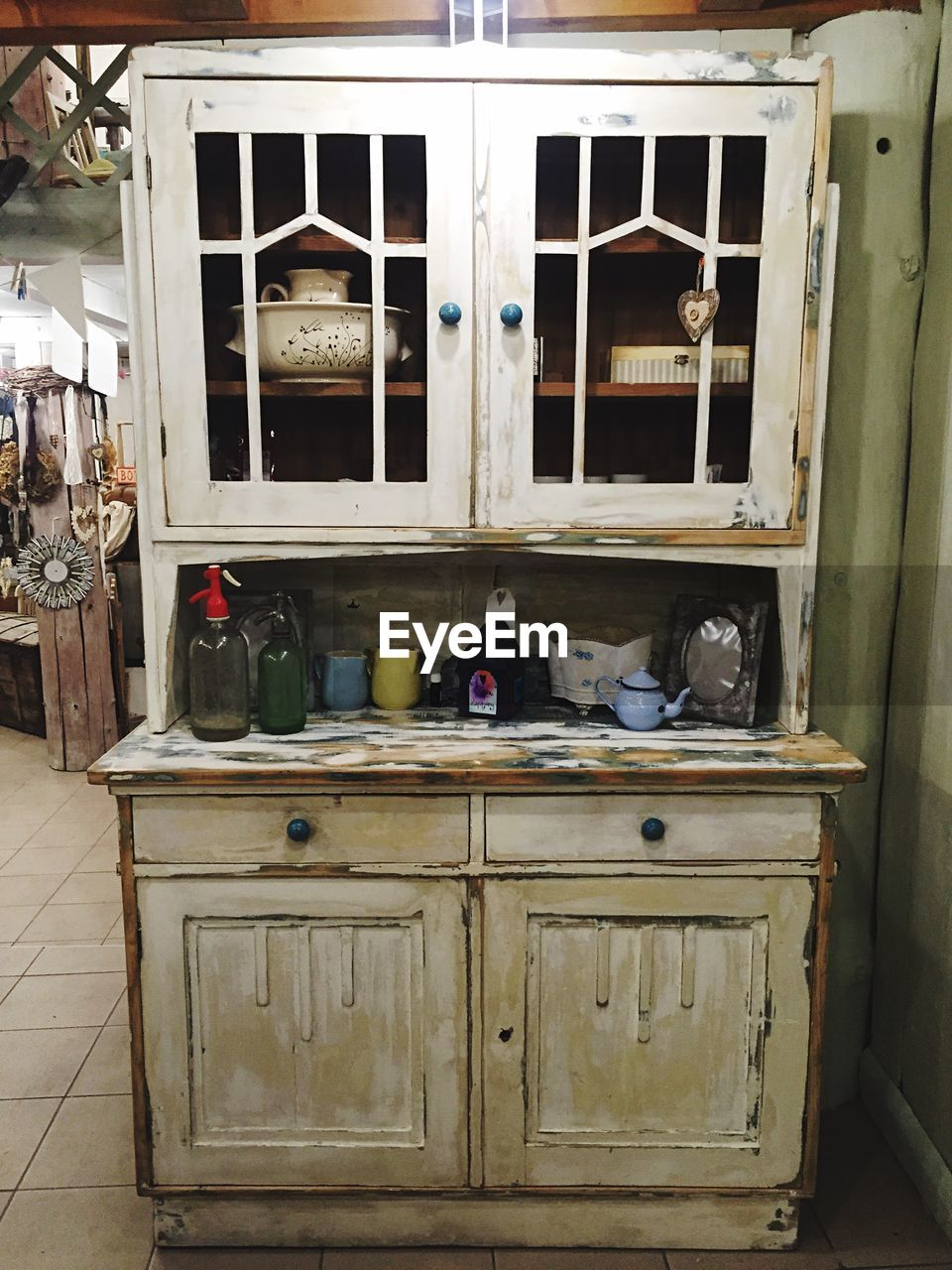 cabinet, no people, abandoned, indoors, day, architecture, mammal