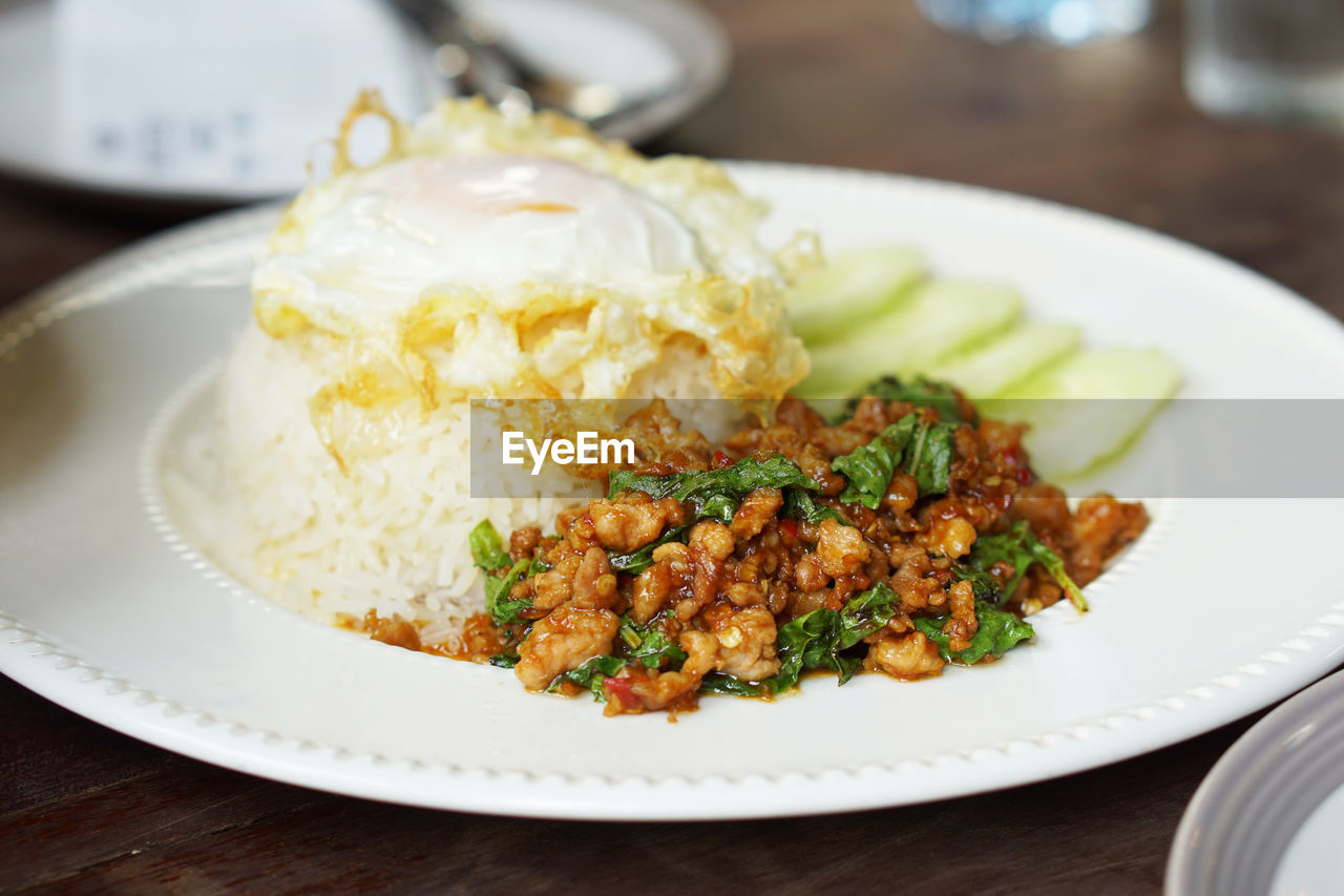 food, food and drink, ready-to-eat, plate, freshness, table, serving size, close-up, still life, indoors, no people, focus on foreground, healthy eating, rice - food staple, wellbeing, meat, vegetable, selective focus, indulgence, rice, temptation, garnish, crockery