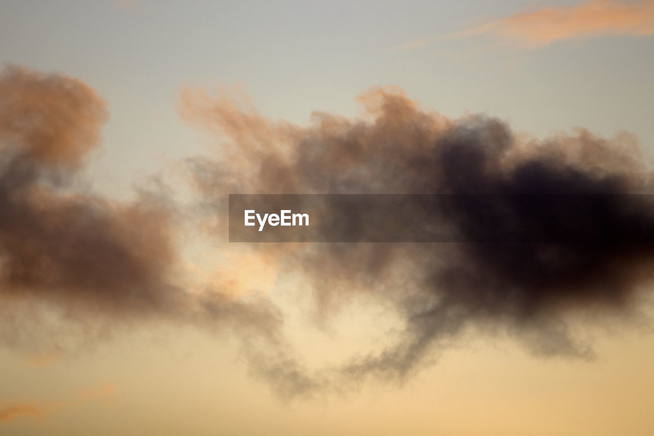 cloud - sky, sky, beauty in nature, tranquility, scenics - nature, low angle view, sunset, no people, tranquil scene, nature, orange color, idyllic, outdoors, full frame, dramatic sky, backgrounds, day, cloudscape, non-urban scene