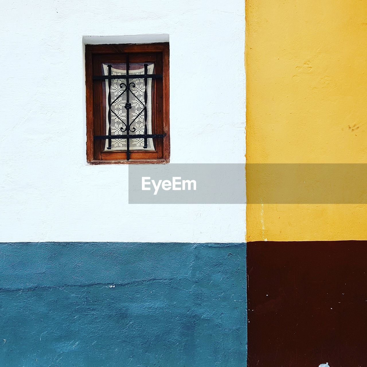 window, architecture, built structure, wall - building feature, building exterior, no people, day, yellow, outdoors
