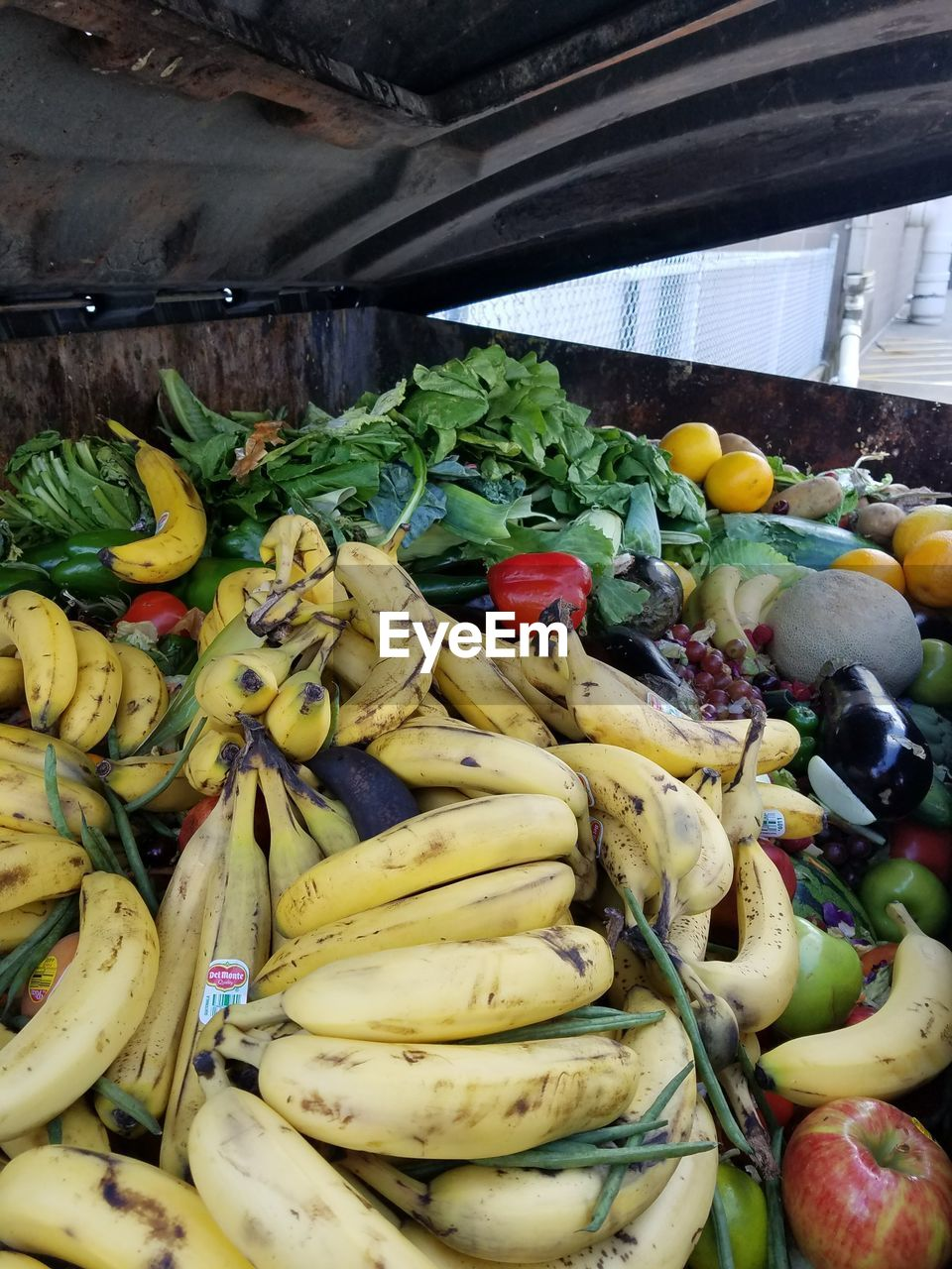 banana, fruit, food, food and drink, healthy eating, choice, variation, for sale, freshness, vegetable, retail, no people, market, large group of objects, indoors, day