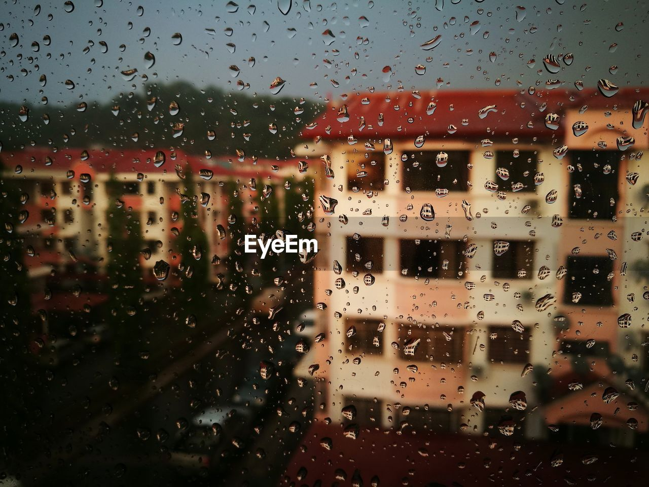 drop, window, glass - material, transparent, wet, rain, water, raindrop, nature, mode of transportation, rainy season, indoors, no people, transportation, sky, full frame, architecture, built structure, glass