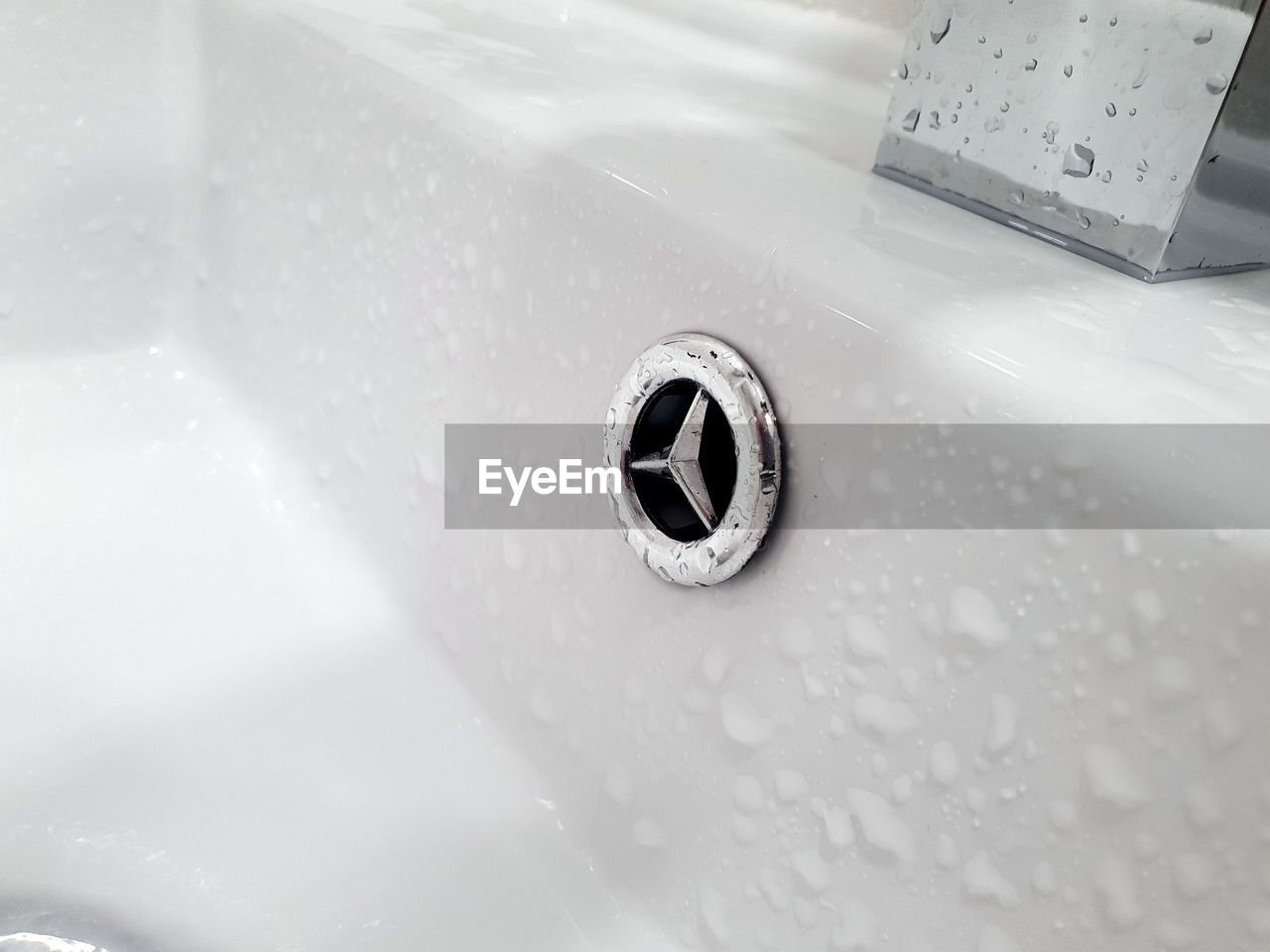 sink, bathroom, water, domestic bathroom, hygiene, home, household equipment, domestic room, indoors, close-up, no people, metal, drain, nature, wet, faucet, white color, high angle view, bathroom sink, running water, silver colored, steel