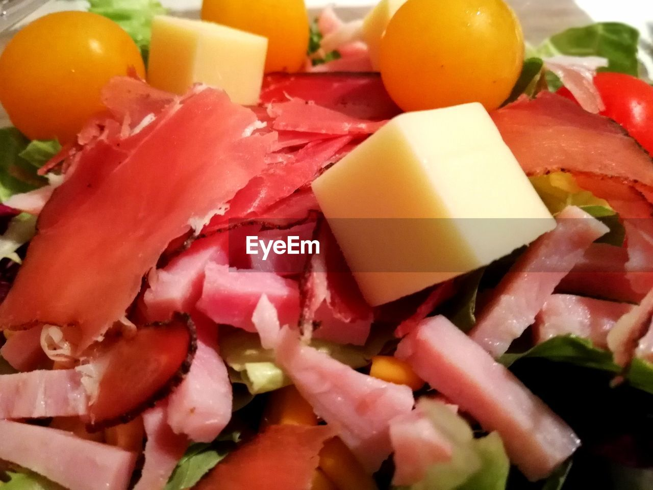 food, slice, food and drink, healthy eating, cheese, freshness, salad, indoors, serving size, no people, close-up, meat, ham, chopped, ready-to-eat, olive, prosciutto, day