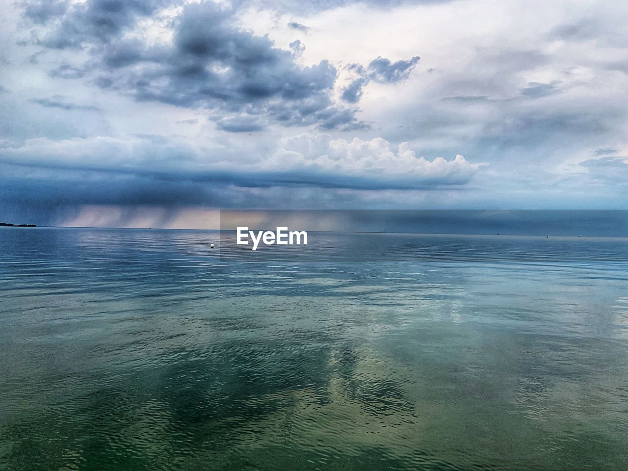 cloud - sky, sky, sea, scenics - nature, beauty in nature, water, tranquility, tranquil scene, horizon over water, horizon, day, waterfront, nature, no people, idyllic, outdoors, non-urban scene, seascape