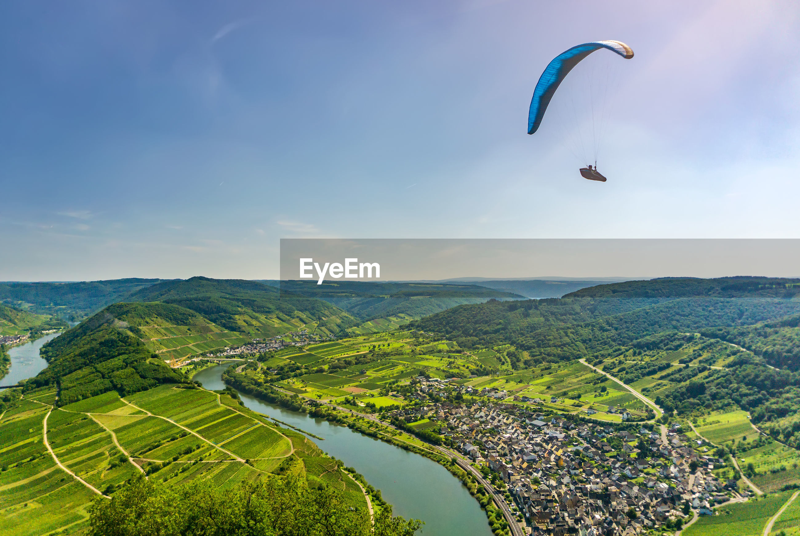 Paragliding - calmont, germany