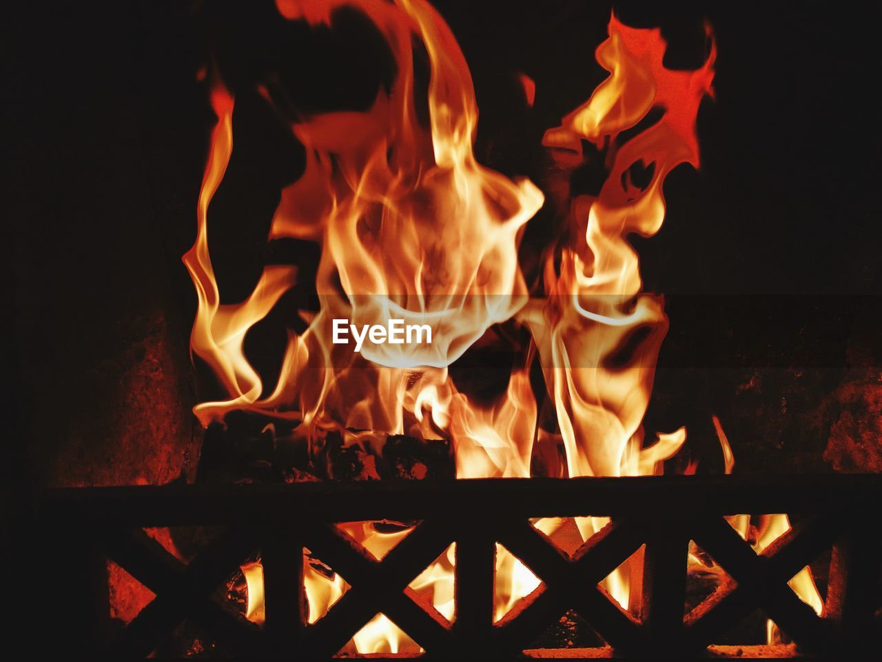 fire - natural phenomenon, flame, burning, heat - temperature, night, glowing, bonfire, no people, outdoors, fire pit, close-up