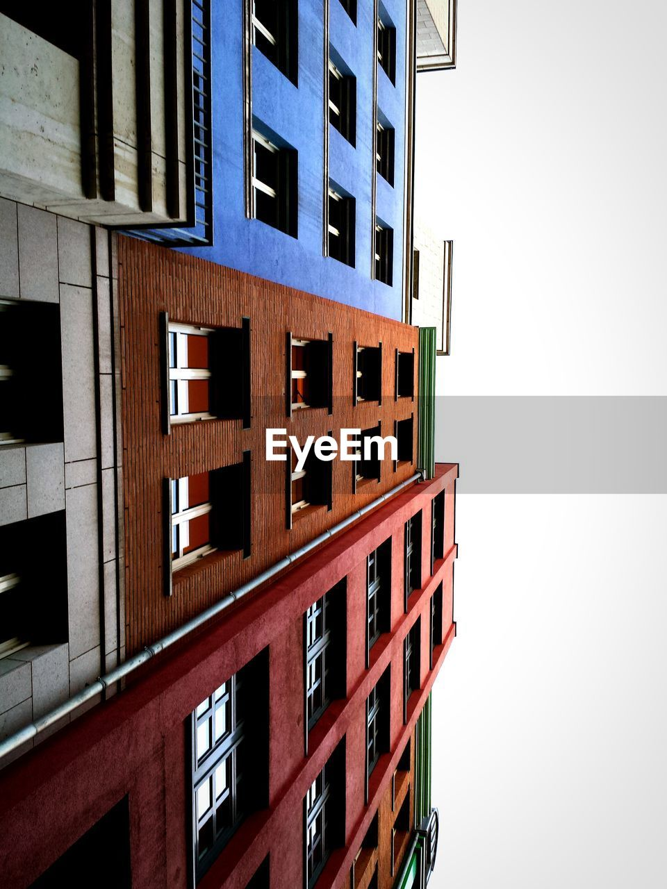 architecture, window, building exterior, built structure, no people, apartment, residential building, outdoors, day, city, sky