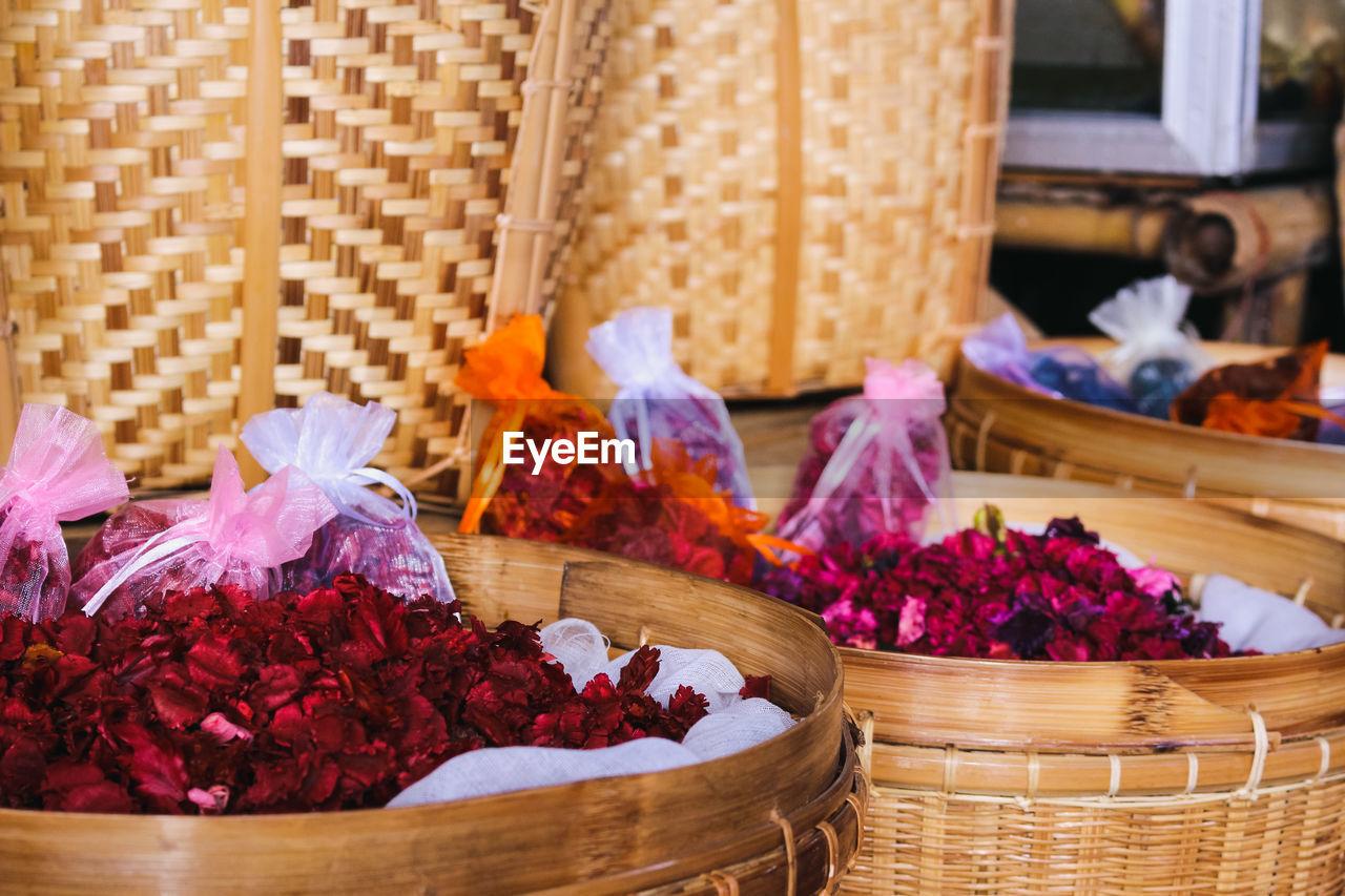 Flowers Petals In Wicker Baskets For Sale In Market