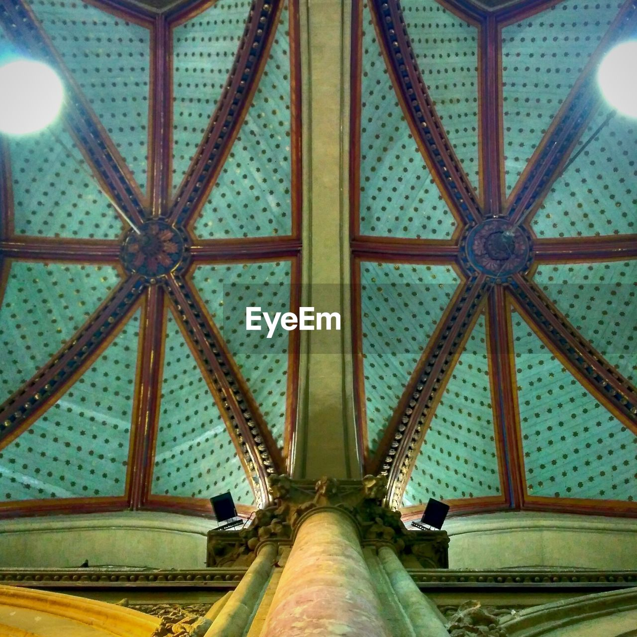 architecture, indoors, low angle view, built structure, ceiling, pattern, no people, day, close-up