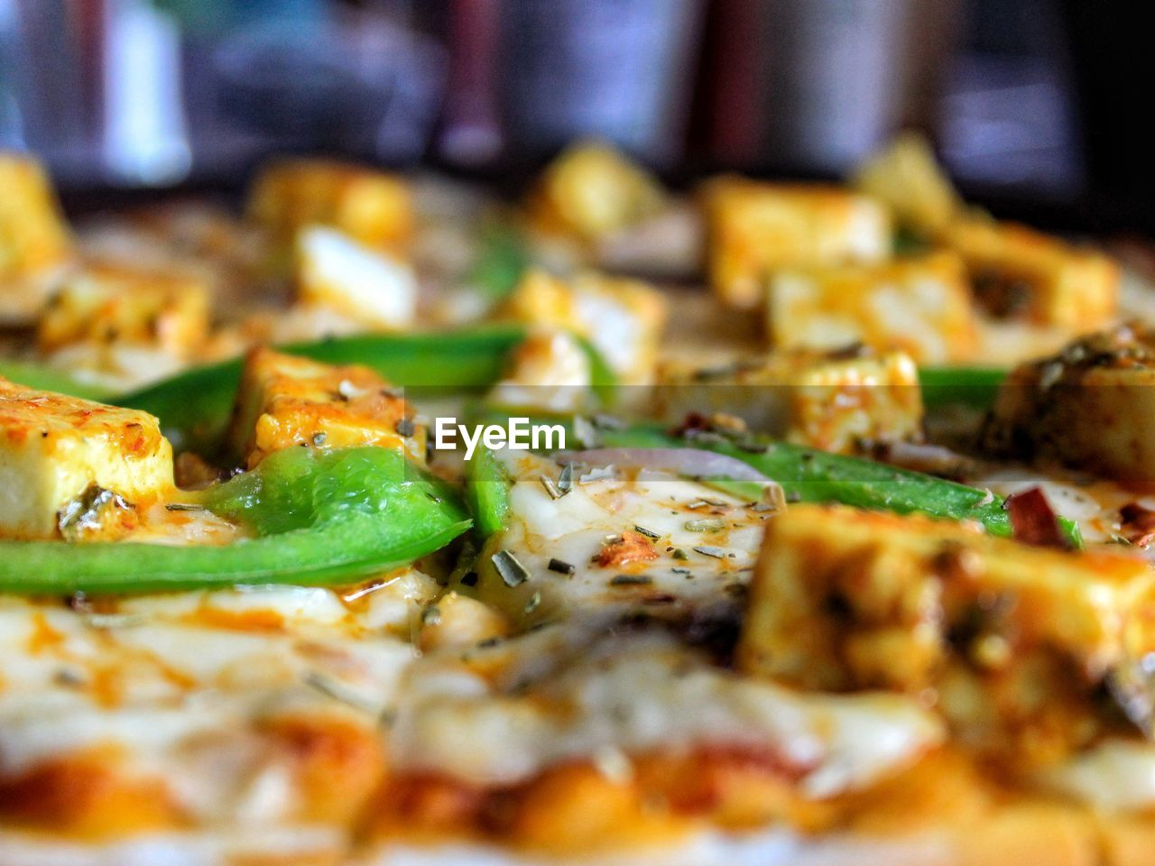 food and drink, food, pizza, selective focus, freshness, close-up, still life, indoors, ready-to-eat, no people, vegetable, indulgence, dairy product, cheese, serving size, italian food, unhealthy eating, temptation, wellbeing, green color, snack