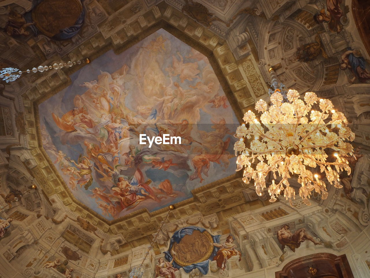 architecture, fresco, indoors, history, low angle view, ceiling, travel destinations, built structure, tourism, religion, no people, place of worship, baroque style, day, close-up