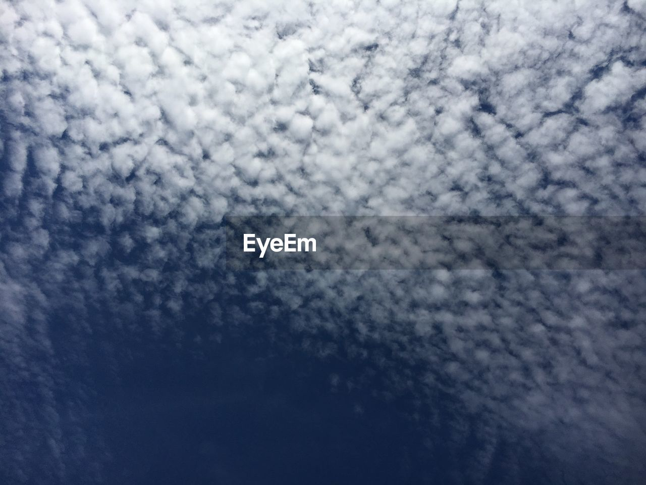 backgrounds, cloud - sky, no people, sky, nature, beauty in nature, full frame, textured, abstract, pattern, day, sky only, scenics, blue, outdoors, close-up