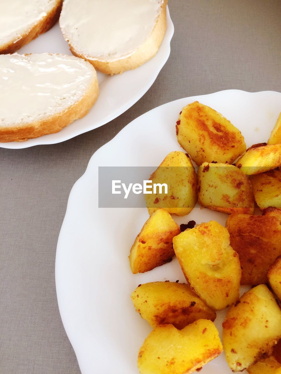 food, food and drink, freshness, ready-to-eat, still life, plate, indoors, table, high angle view, no people, serving size, potato, close-up, fried, prepared potato, unhealthy eating, indulgence, directly above, wellbeing, temptation, snack