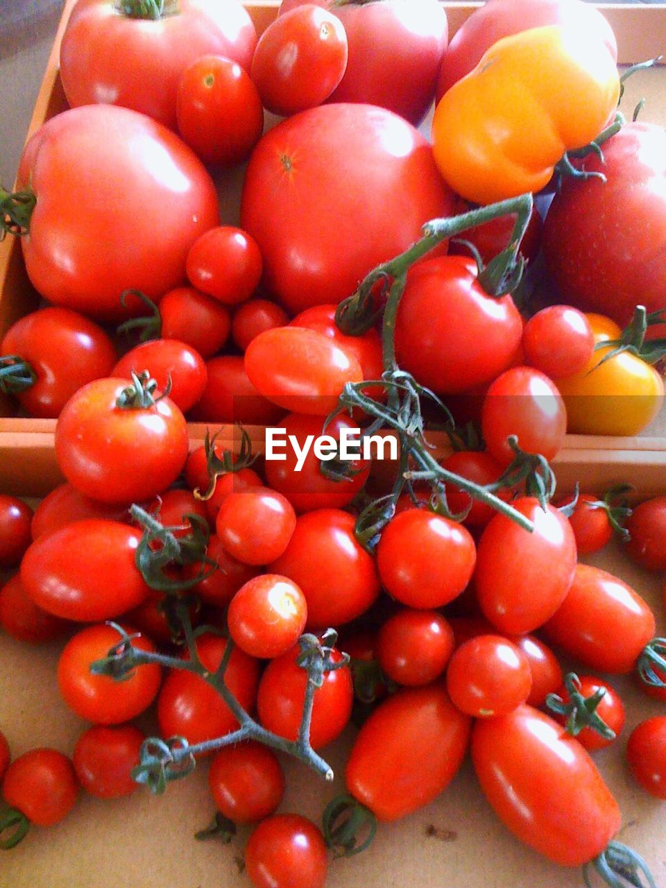 red, food and drink, food, abundance, healthy eating, freshness, fruit, large group of objects, vegetable, no people, tomato, day, stack, close-up, indoors