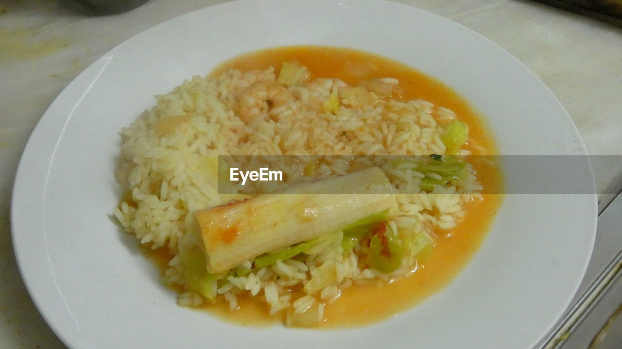 food and drink, food, plate, healthy eating, ready-to-eat, freshness, serving size, indoors, no people, rice - food staple, close-up, fried rice, egg yolk, day