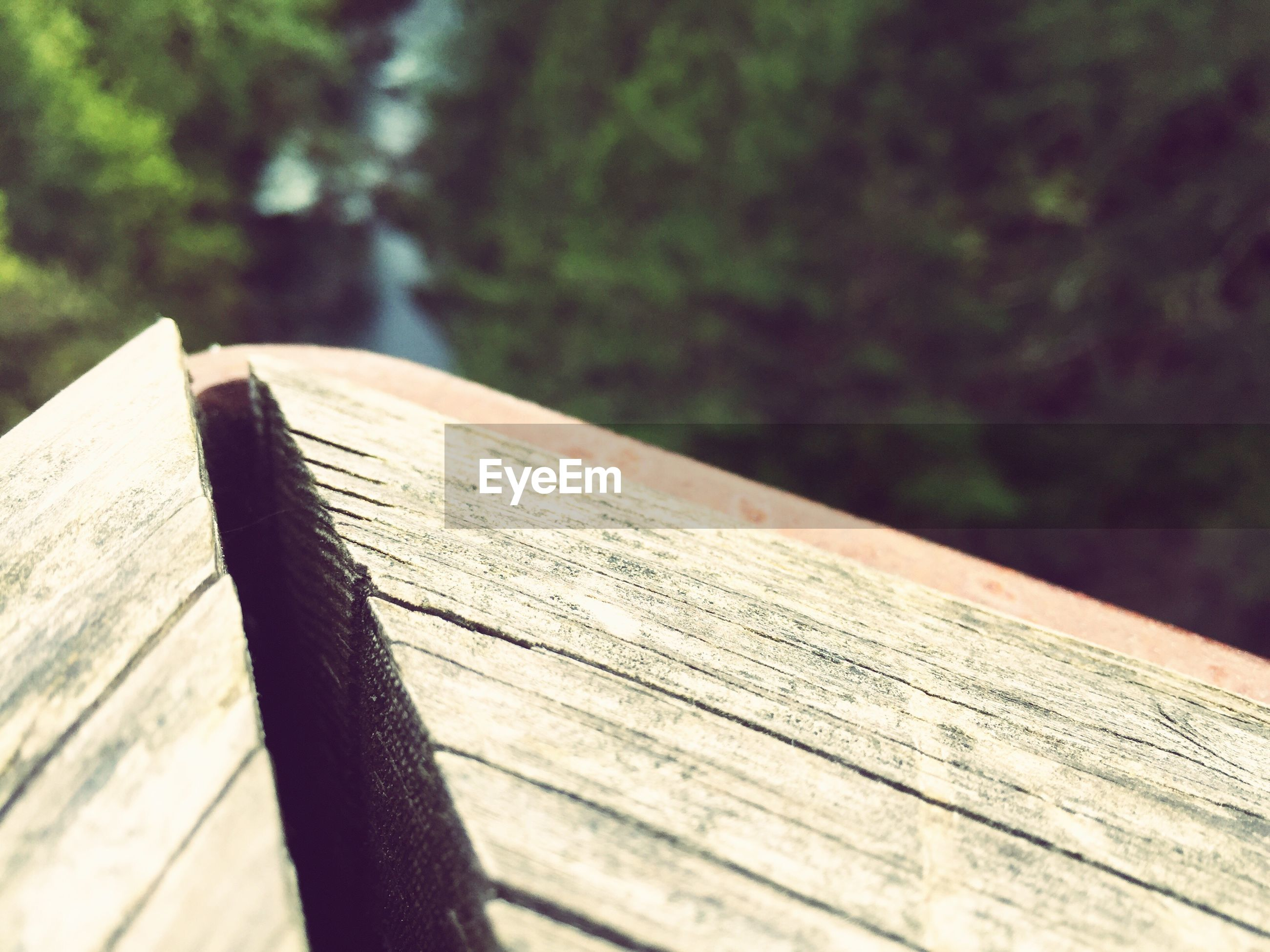 wood - material, wooden, wood, plank, close-up, focus on foreground, part of, selective focus, cropped, day, outdoors, nature, no people, pier, table, lake, water, wooden post, tranquility, detail