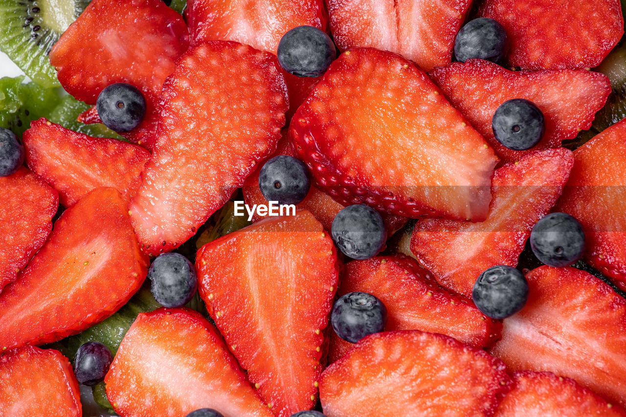 food and drink, food, full frame, berry fruit, healthy eating, backgrounds, fruit, wellbeing, freshness, strawberry, no people, blueberry, red, large group of objects, still life, close-up, abundance, ripe, organic, ready-to-eat, chopped, temptation, vegetarian food, fruit salad