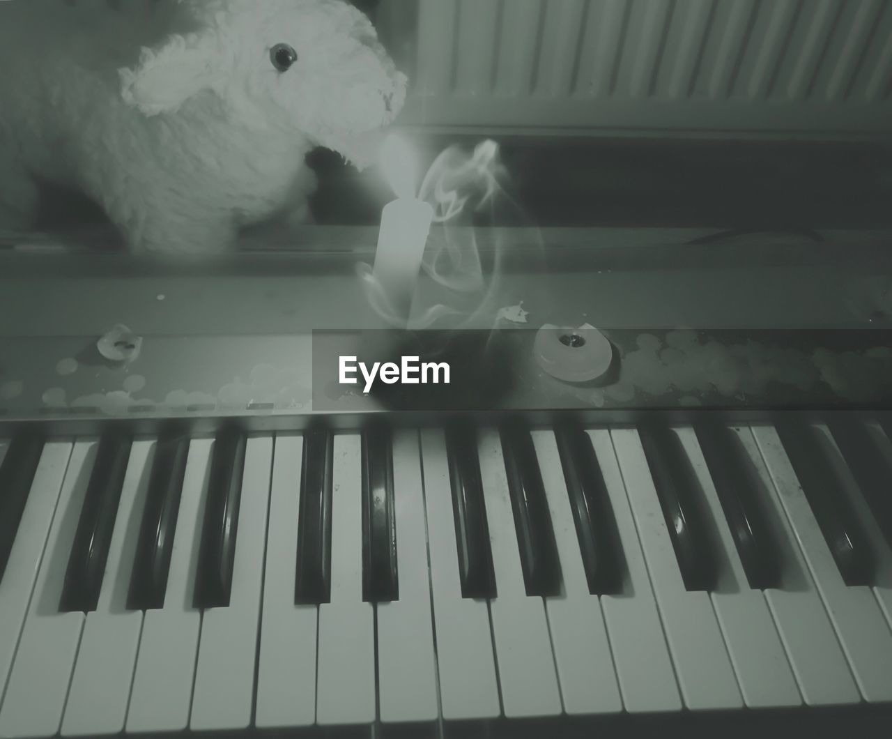 toy, piano, music, stuffed toy, indoors, piano key, playing, teddy bear, no people, musical instrument, childhood, close-up, day