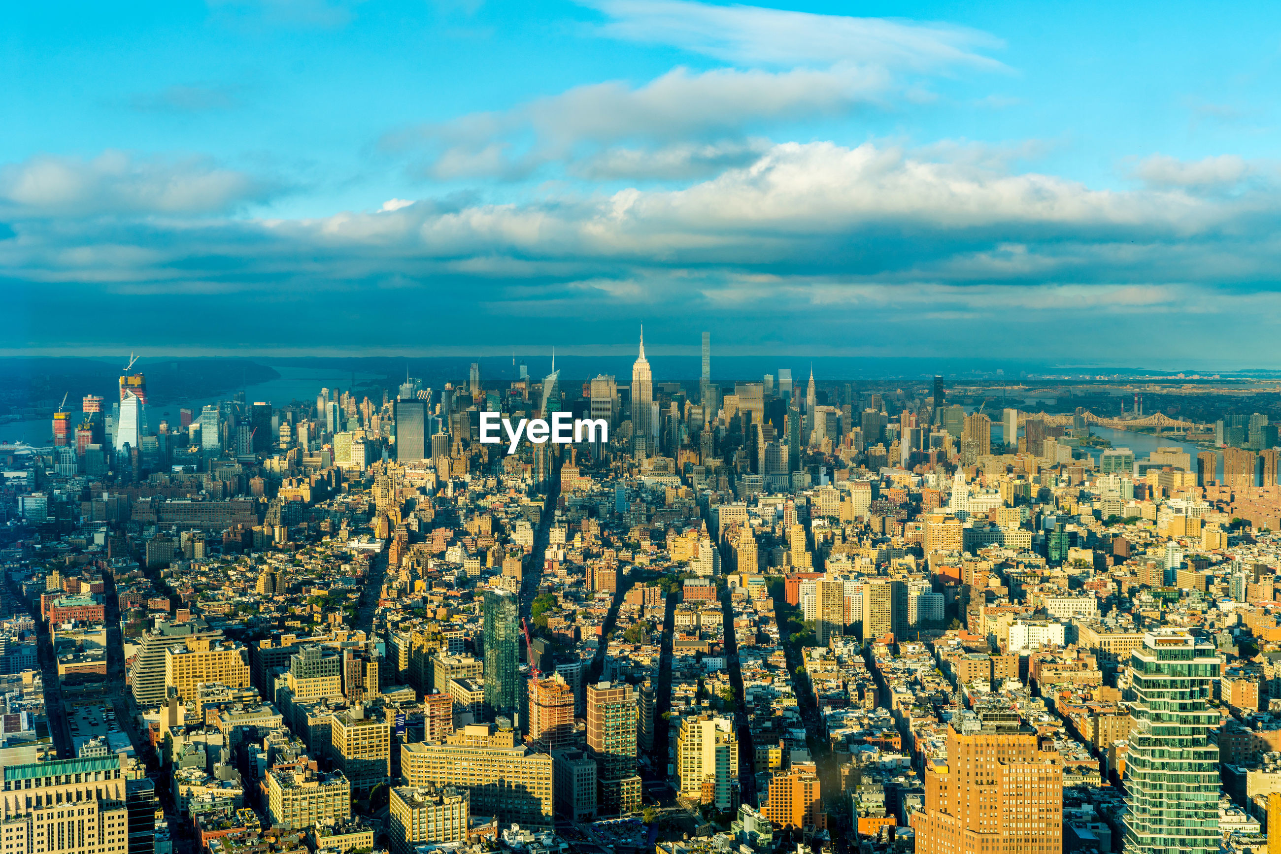 PANORAMIC SHOT OF CITYSCAPE