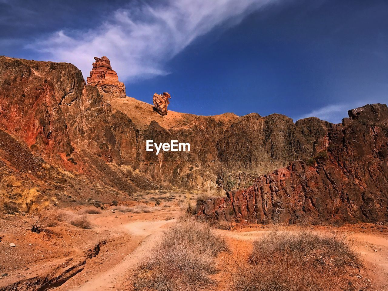 rock formation, rock, sky, rock - object, scenics - nature, solid, beauty in nature, mountain, non-urban scene, nature, tranquil scene, geology, environment, tranquility, physical geography, travel destinations, landscape, day, no people, land, mountain range, formation, arid climate, eroded, climate, outdoors, semi-arid, sandstone