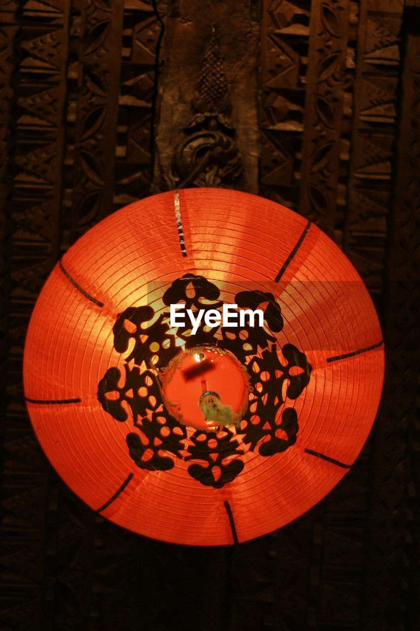 lighting equipment, chinese lantern, lantern, no people, hanging, illuminated, celebration, night, paper lantern, indoors, red, close-up