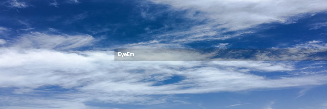 cloud - sky, sky, beauty in nature, low angle view, blue, tranquility, scenics - nature, no people, nature, backgrounds, tranquil scene, day, white color, idyllic, outdoors, full frame, environment, non-urban scene, cloudscape, meteorology, wispy