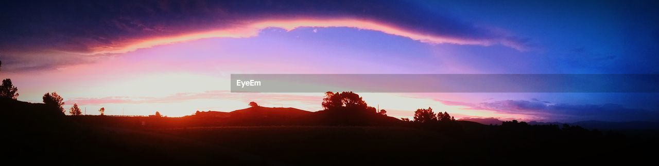 silhouette, sunset, sky, no people, beauty in nature, nature, scenics, tranquility, outdoors, mountain, tree, architecture, day