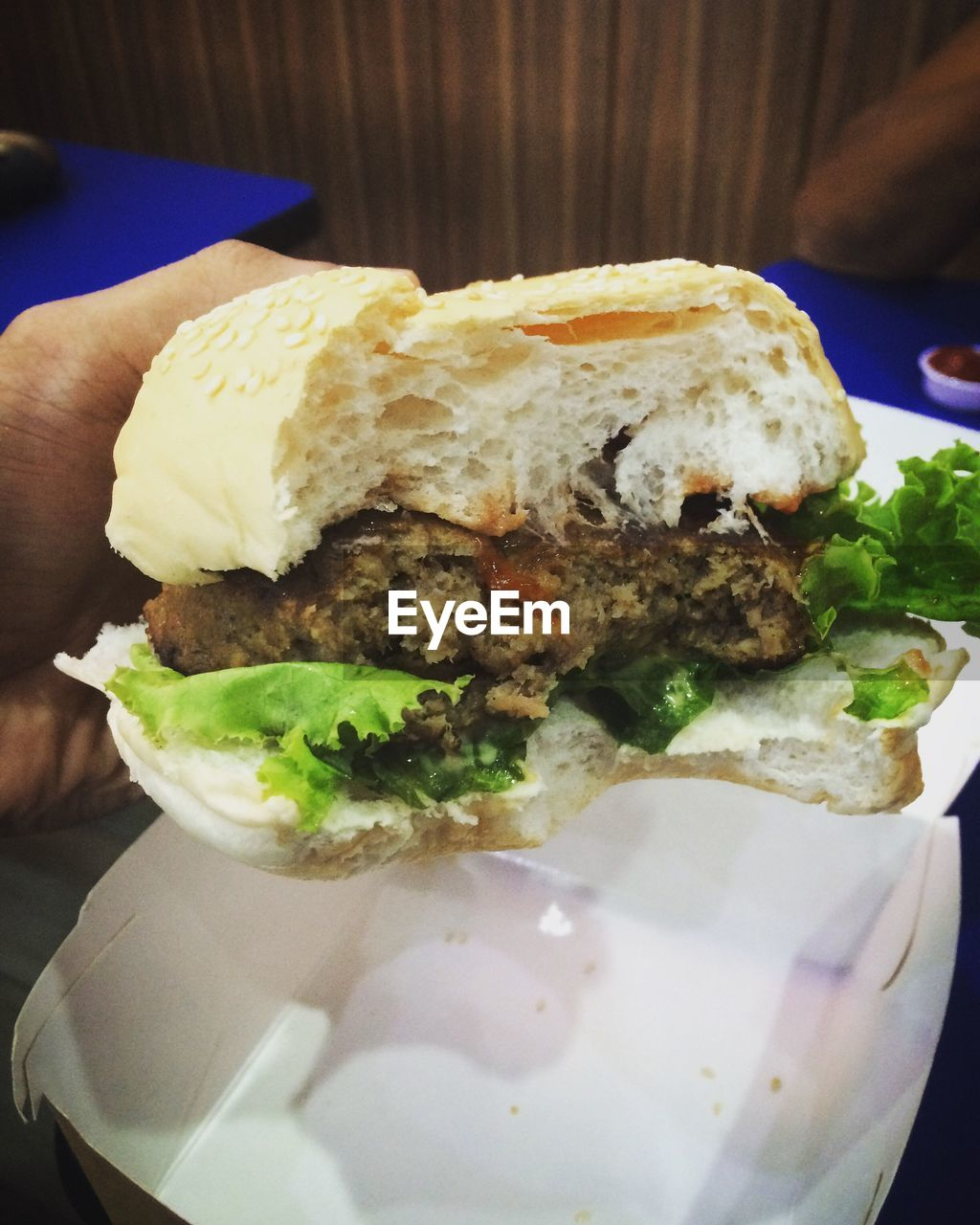 food and drink, food, close-up, burger, freshness, indoors, ready-to-eat, plate, unhealthy eating, human hand, sandwich, one person, hamburger, day