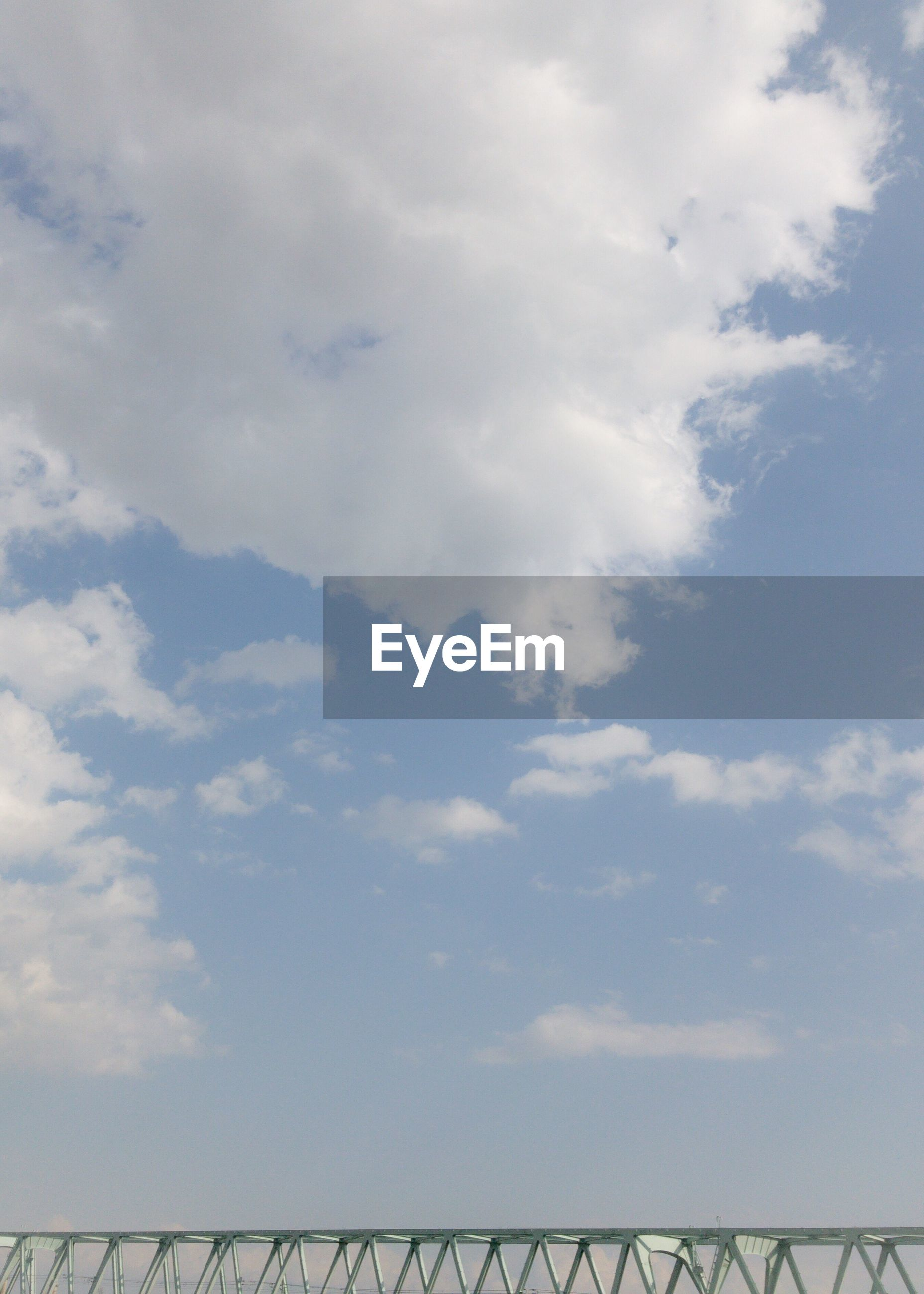 LOW ANGLE VIEW OF CLOUDS IN SKY OVER THE BACKGROUND
