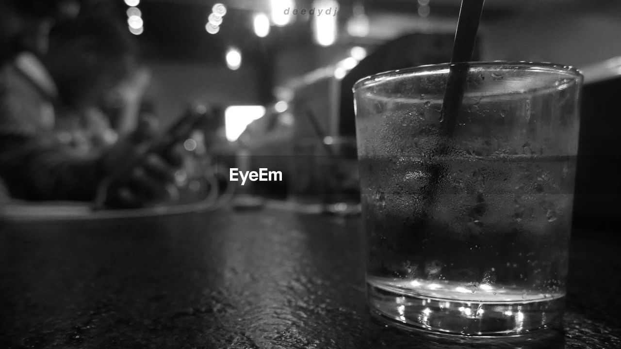 drink, drinking glass, refreshment, focus on foreground, alcohol, indoors, freshness, close-up, table, food and drink, no people, night