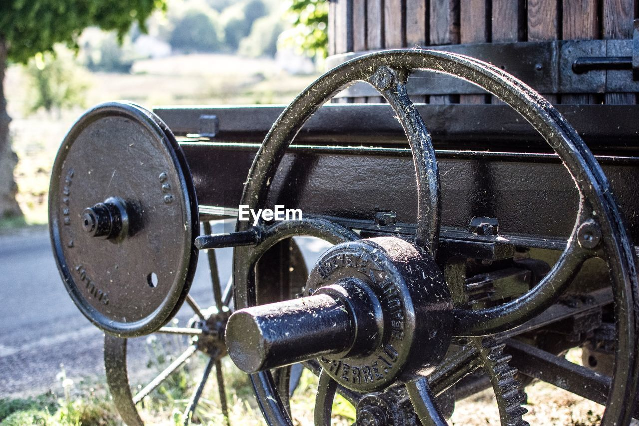 metal, focus on foreground, close-up, day, no people, outdoors, wheel, transportation, architecture, old, history, cannon, machinery, rusty, equipment, the past, nature, circle, geometric shape, iron - metal