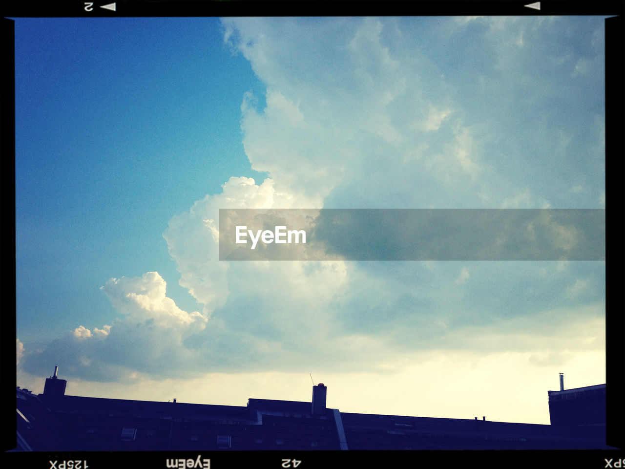 sky, cloud - sky, low angle view, no people, day, outdoors, nature, beauty in nature, architecture