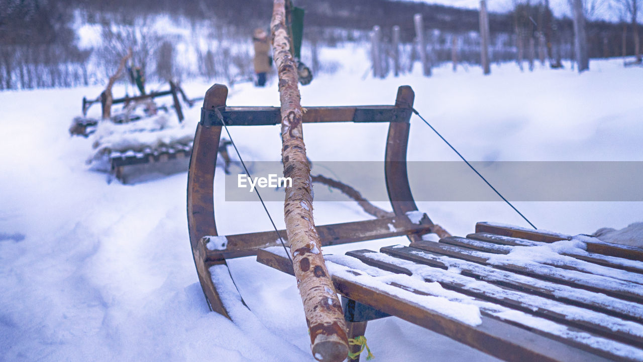 cold temperature, winter, snow, nature, day, no people, frozen, covering, focus on foreground, beauty in nature, metal, land, field, wood - material, outdoors, tree, scenics - nature, architecture, railing