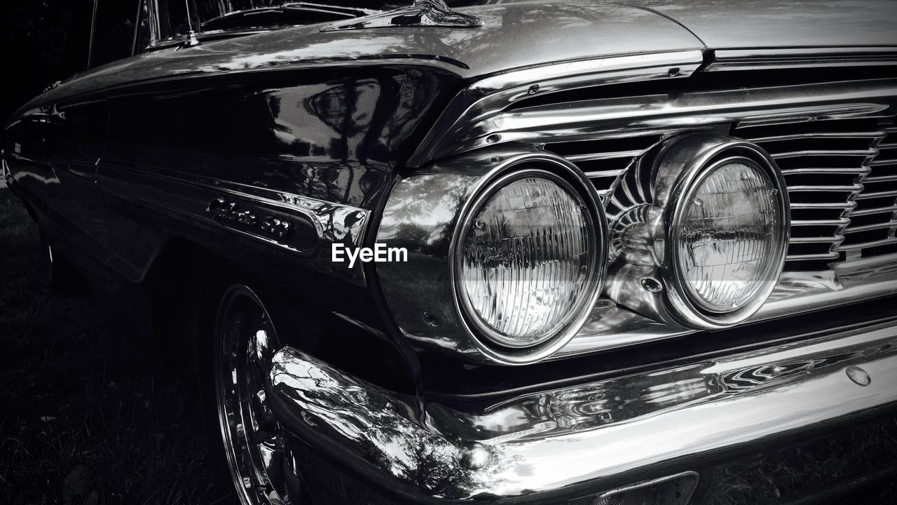 car, headlight, transportation, mode of transport, land vehicle, vintage car, luxury, outdoors, day, no people, close-up
