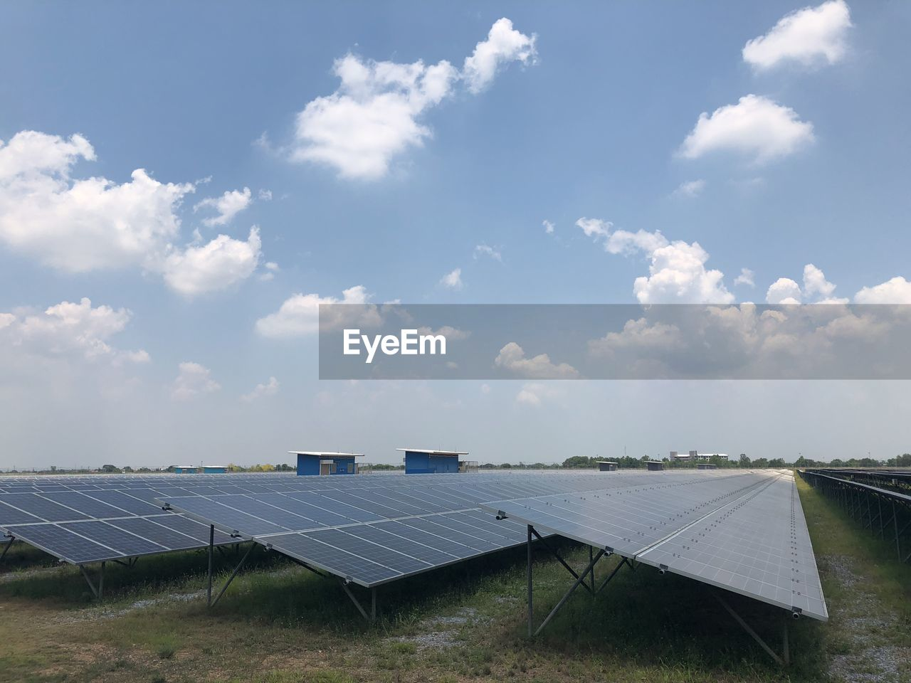 solar energy, solar panel, alternative energy, fuel and power generation, renewable energy, environmental conservation, environment, cloud - sky, sky, technology, solar equipment, nature, day, electricity, outdoors, sunlight, solar power station, field, no people, power supply, sustainable resources