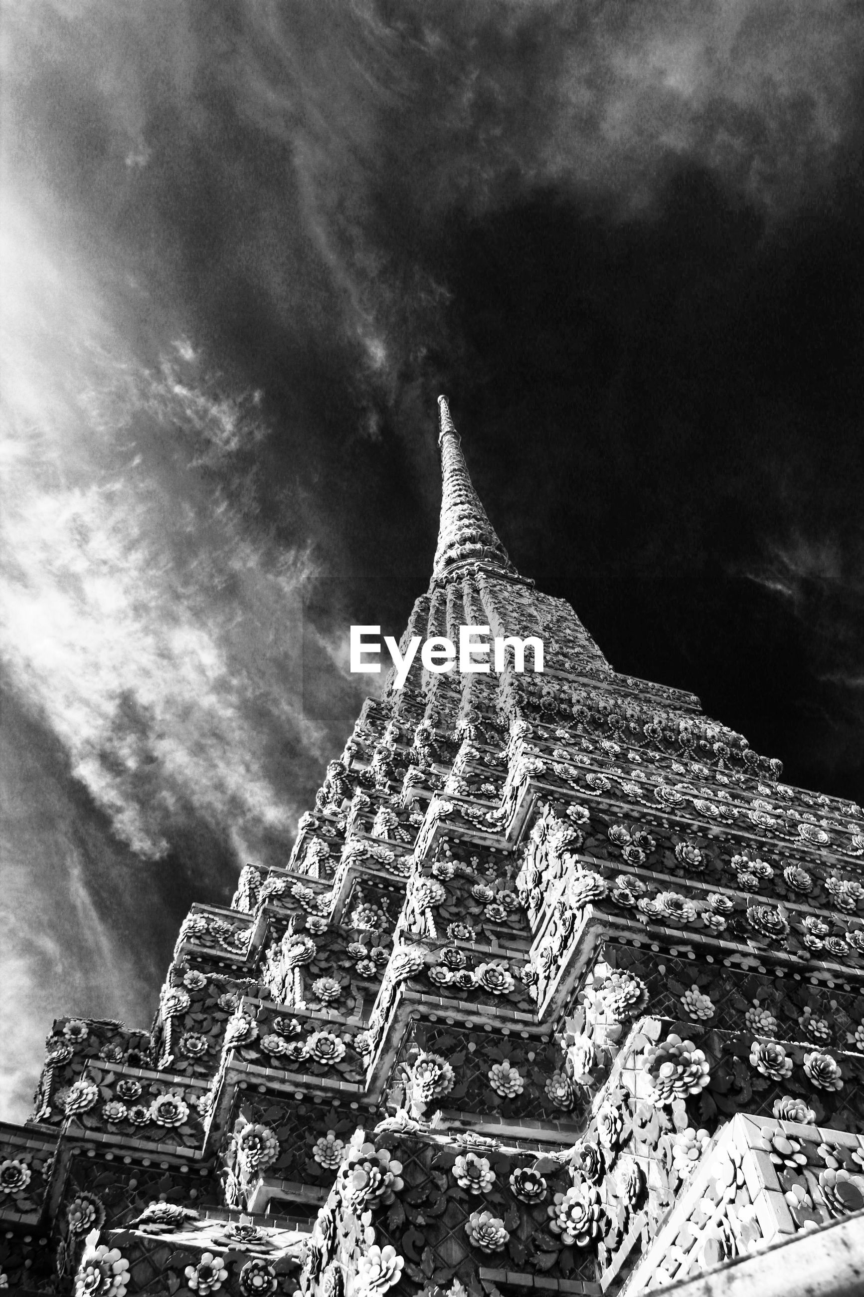 Low angle view of wat pho temple against sky