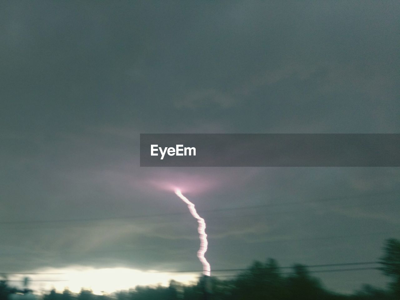 sky, nature, scenics, no people, beauty in nature, vapor trail, night, low angle view, lightning, outdoors, contrail, forked lightning