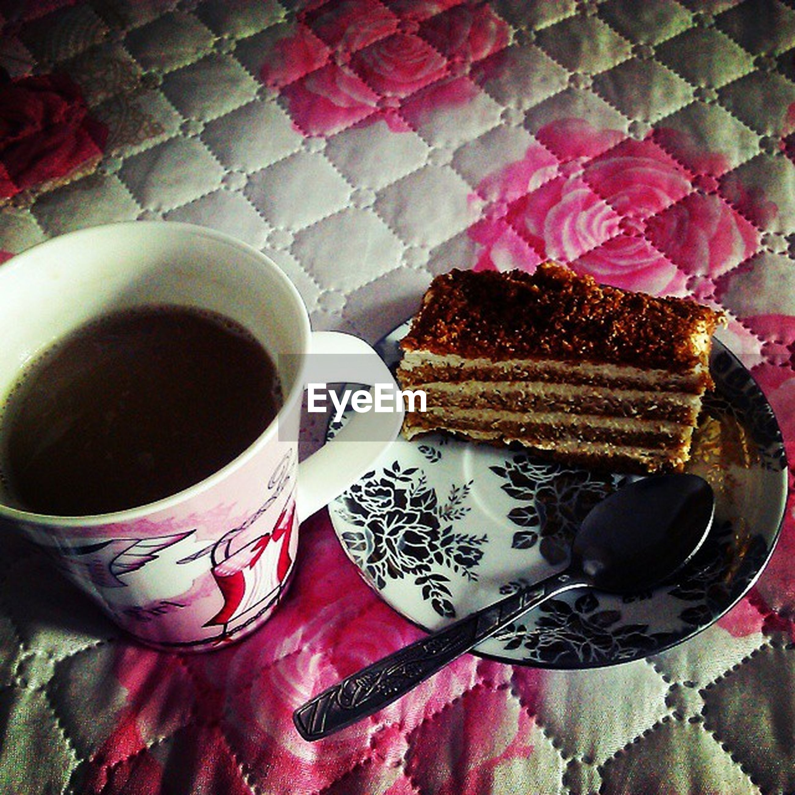 indoors, food and drink, freshness, still life, drink, table, refreshment, coffee cup, sweet food, high angle view, coffee - drink, tablecloth, dessert, saucer, cake, close-up, indulgence, unhealthy eating, cup, plate