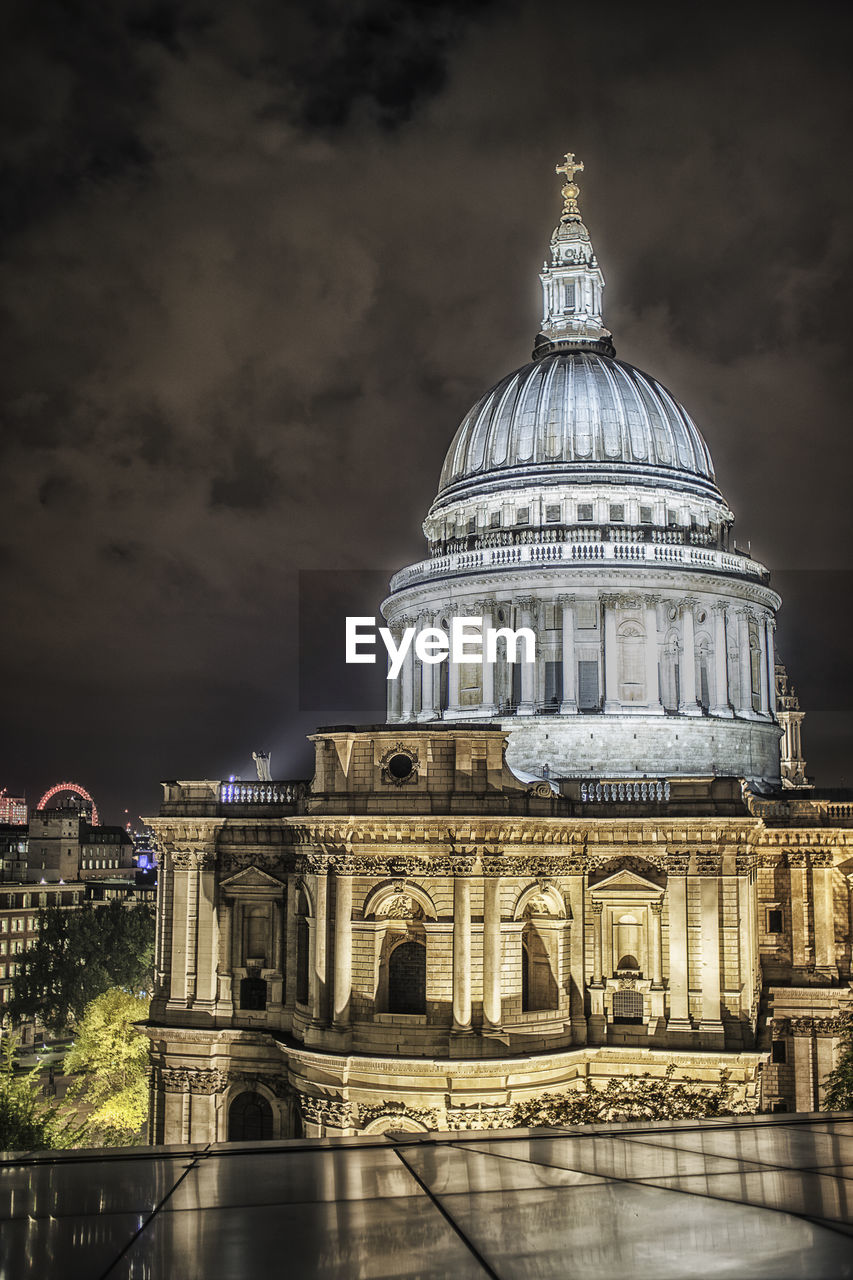 architecture, dome, built structure, building exterior, sky, night, travel destinations, history, no people, outdoors, illuminated, city