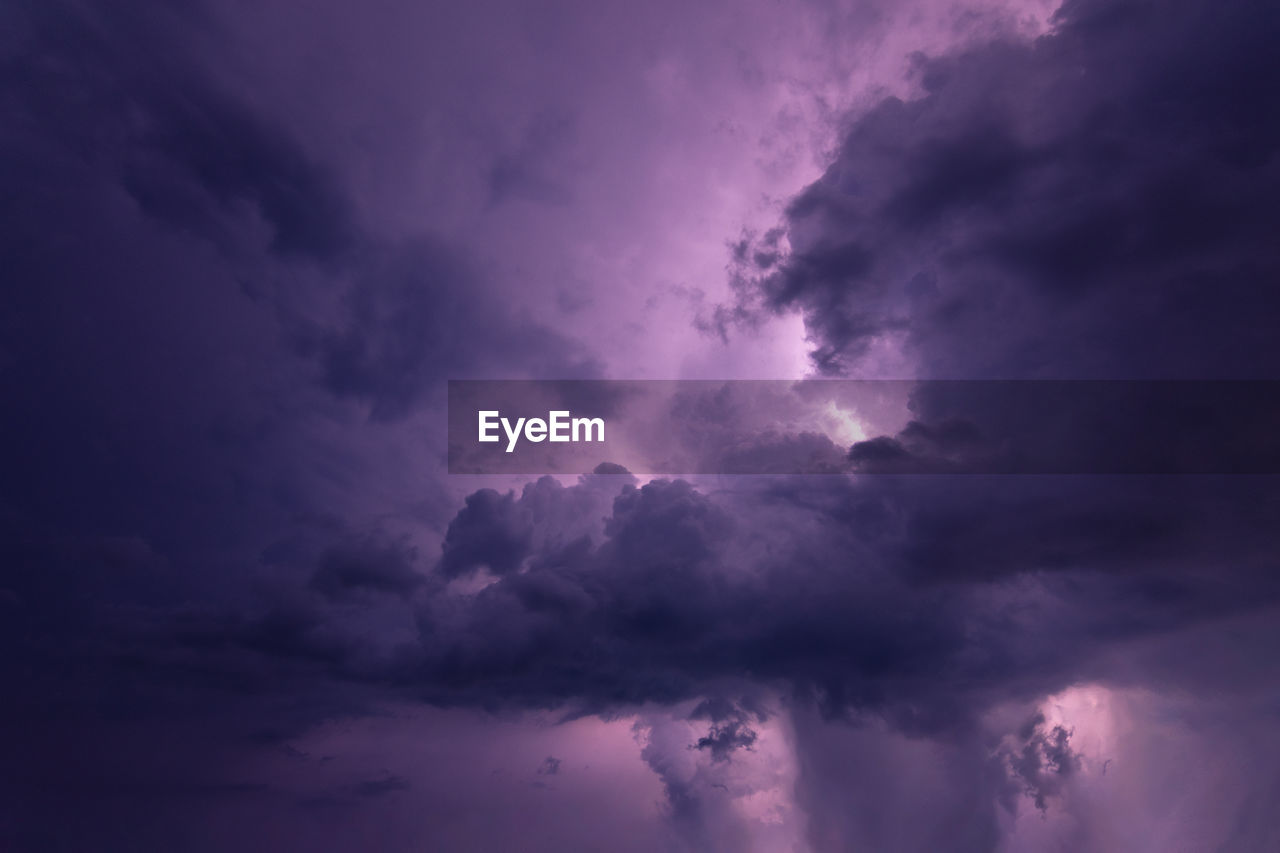 cloud - sky, sky, beauty in nature, scenics - nature, low angle view, storm, nature, tranquility, tranquil scene, overcast, no people, dramatic sky, storm cloud, cloudscape, thunderstorm, outdoors, dusk, idyllic, backgrounds, purple, meteorology, power in nature, ominous