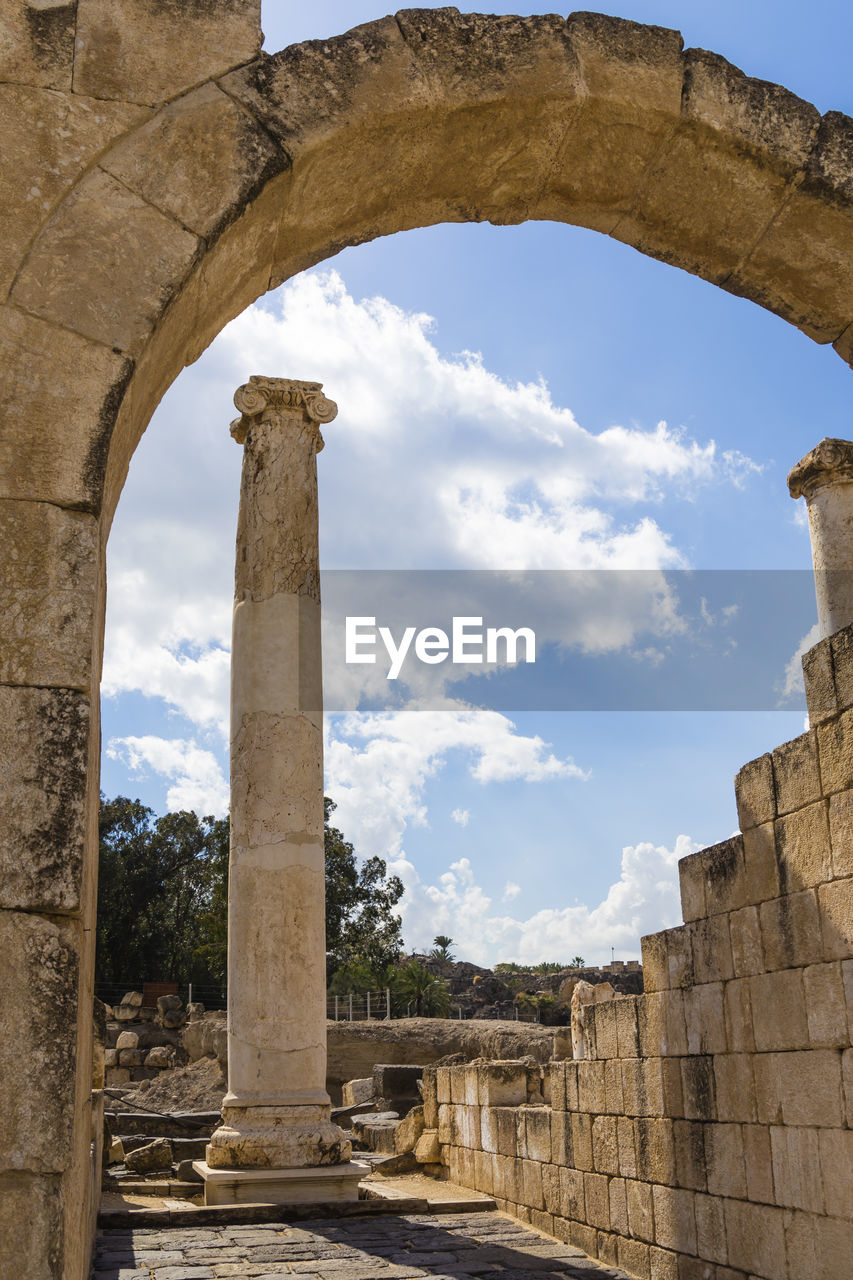 architecture, history, the past, built structure, sky, architectural column, arch, cloud - sky, ancient, old ruin, day, nature, travel destinations, no people, ancient civilization, tourism, old, travel, ruined, building exterior, outdoors, deterioration, archaeology