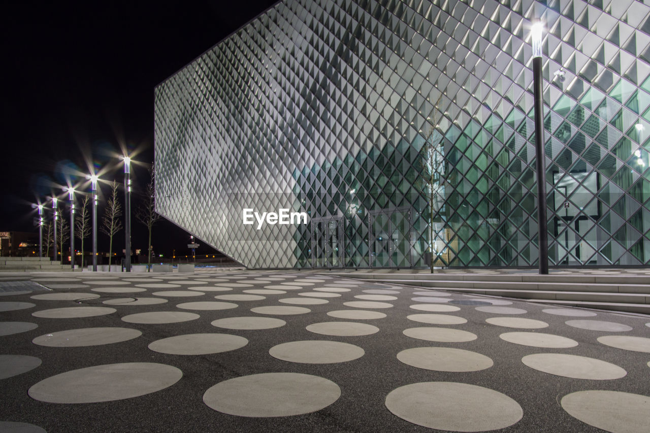 pattern, illuminated, no people, architecture, built structure, night, outdoors