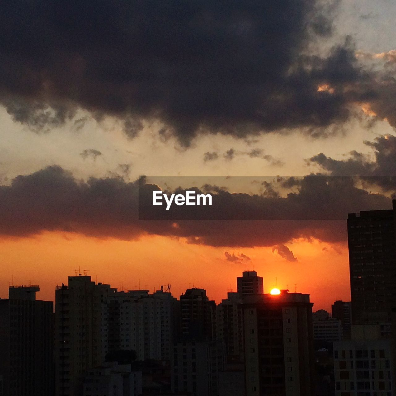 sunset, cityscape, architecture, city, skyscraper, building exterior, no people, modern, sky, residential, outdoors