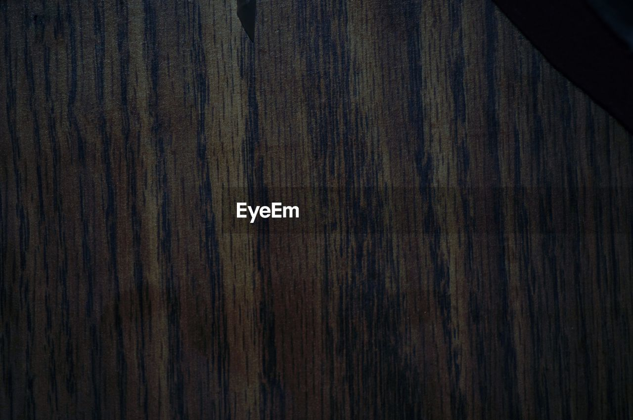 wood - material, wood grain, textured, plank, pattern, dark, timber, backgrounds, hardwood, close-up, no people, rough, brown, full frame, nature, indoors, wood paneling, day